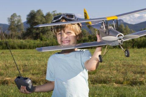 子供 飛行機 ラジコン