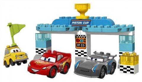 要出典 カーズ おもちゃ レゴ デュプロ ディズニー カーズ ピストンカップレース