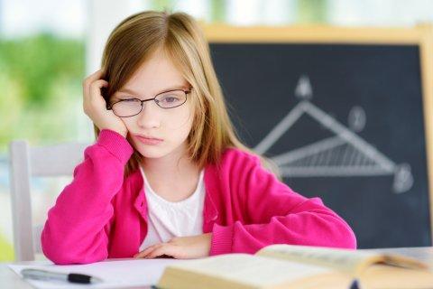 小学生 女の子 反抗期 勉強