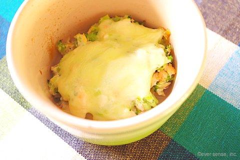 鮭とブロッコリーの豆腐グラタン