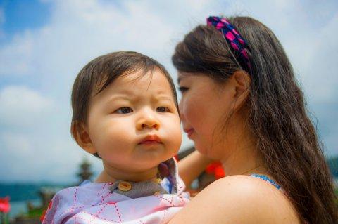 日本人 赤ちゃん ママ お出かけ