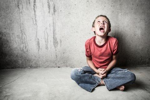 男の子 反抗期 小学生