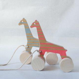 要出典 1歳 誕生日プレゼント 女の子 スタジオ デッレ アルピ 木のおもちゃ プルトイ