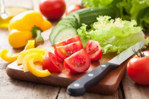 野菜 新鮮 トマト きゅうり 包丁 まな板