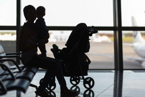 赤ちゃん 飛行機 空港