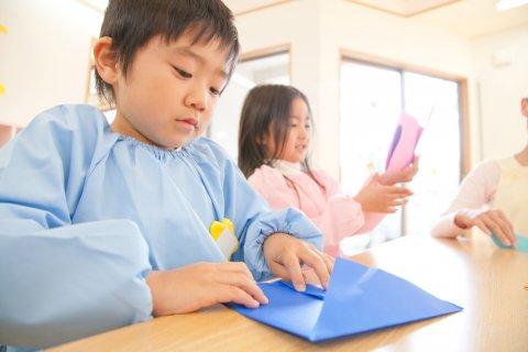 折り紙 子供 日本人