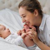 赤ちゃん 3ヶ月 遊び ママ