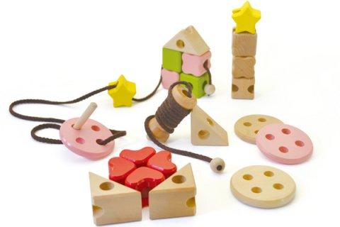 要出典 2歳 知育玩具 ウッディプッディ あそび広がるつみき ソーイングセット
