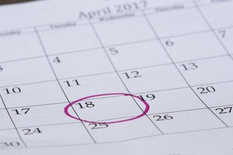 丸をつけたカレンダー