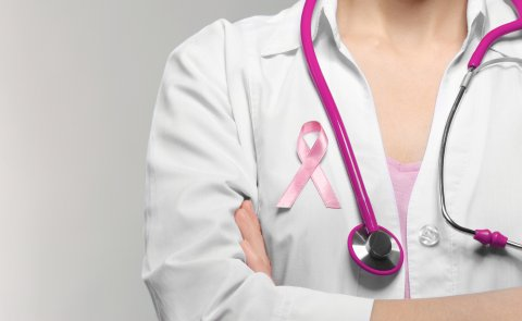 乳がん 治療 女性 医師