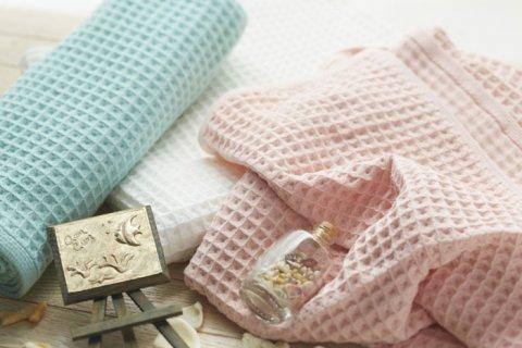 要出典  出産祝い 名前入りタオル 今治タオル ワッフルガーゼ バスタオル ふんわり 名入れ刺繍
