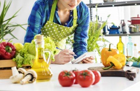 メモ 女性 台所 ノート ペン 野菜
