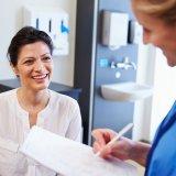 女性 診察 更年期