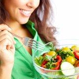 女性 食事 ビタミン