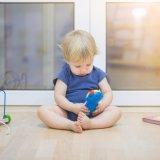1歳半 子供 赤ちゃん 男の子 遊ぶ