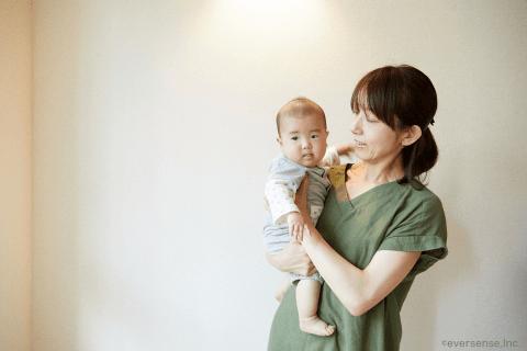 オリジナル 赤ちゃん 抱っこ ママ