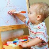 1歳半 子供 赤ちゃん お絵かき 遊び