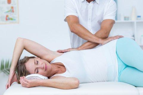 骨盤矯正 骨盤ケア 産後 腰 マッサージ 整体