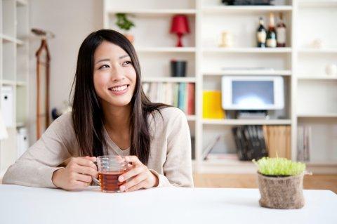 日本人 お茶 リラックス 女性