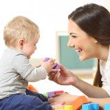 赤ちゃん ママ 遊び おもちゃ