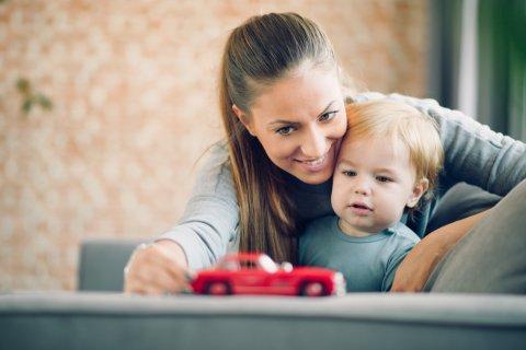 ママ 赤ちゃん 親子 車 おもちゃ
