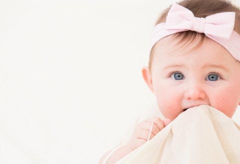 赤ちゃん 女の子 可愛い ヘアバンド リボン