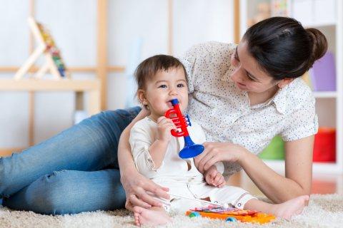 ママ 赤ちゃん おもちゃ ラッパ 知育
