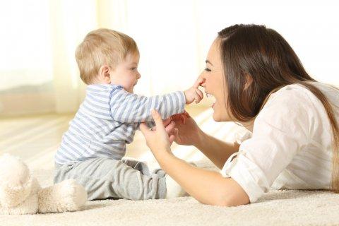 ママ 赤ちゃん コミュニケーション