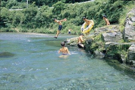 要出典 川遊び 穴吹川 徳島県
