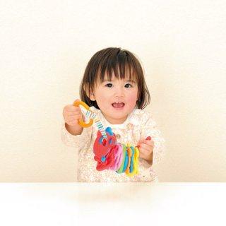 要出典 1歳児のおもちゃ バンダイ ベビラボ アンパンマン はじめてのひもとおし