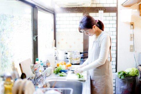 日本人 女性 料理