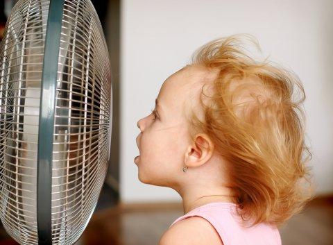 扇風機 夏 赤ちゃん
