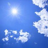 太陽 真夏 夏 空 青空 雲 熱中症