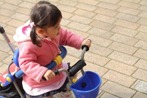 三輪車 女の子 子供