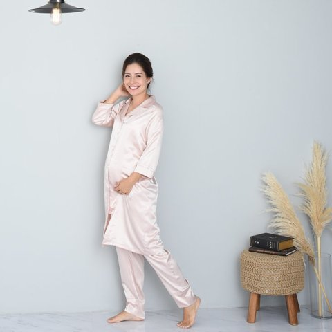 要出典 出産入院 パジャマ チョコア 出産準備 授乳サテンロング丈マタニティパジャマSET
