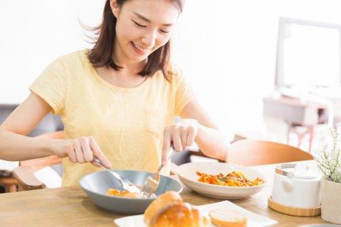 産後ダイエット 食事 女性 日本人