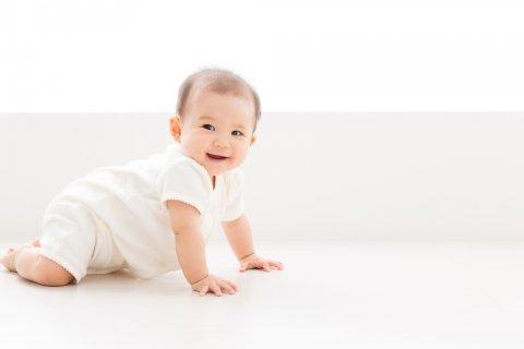 赤ちゃん はいはい 日本人
