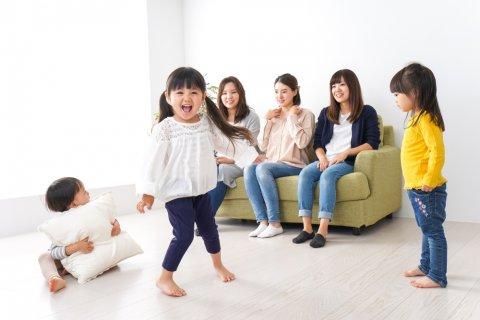ママ友 女性 日本人