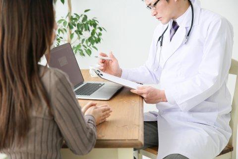 医師 女性 日本人