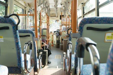 路線バス 車内 日本