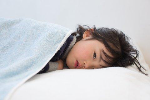 子供 日本人 熱 ぐったり