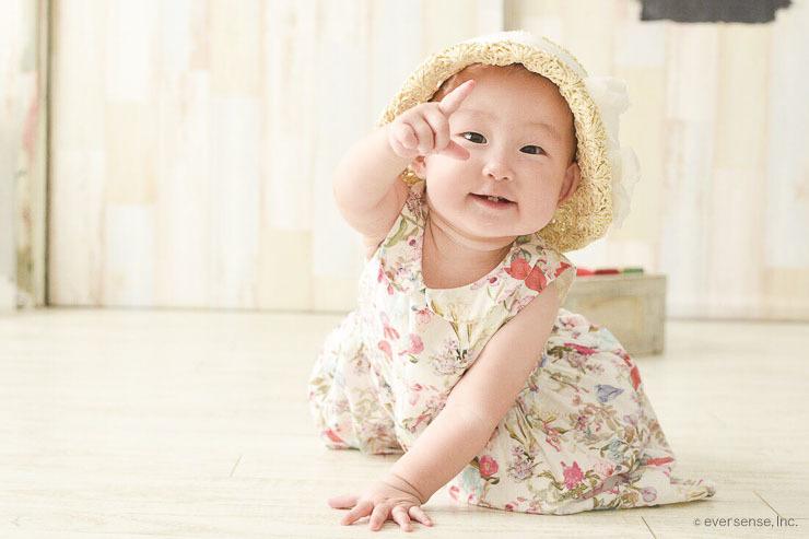 23701dd17777e 赤ちゃんの夏の服装!肌着は必要?新生児の夏服は? - こそだてハック