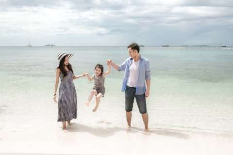 日本人 海 家族