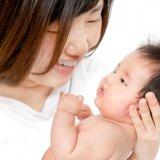 日本人 赤ちゃん ママ 2ヶ月