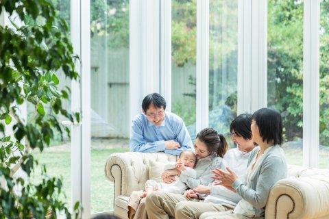 日本人 家族 赤ちゃん