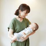 オリジナル 赤ちゃん ママ 抱っこ 日本人