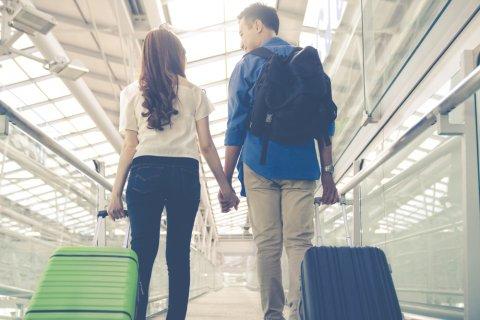 日本人 夫婦 旅行 カップル