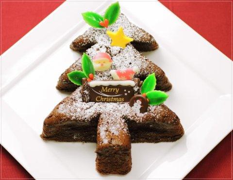 要出典 プーテゥジュール クリスマスツリーのチョコケーキ