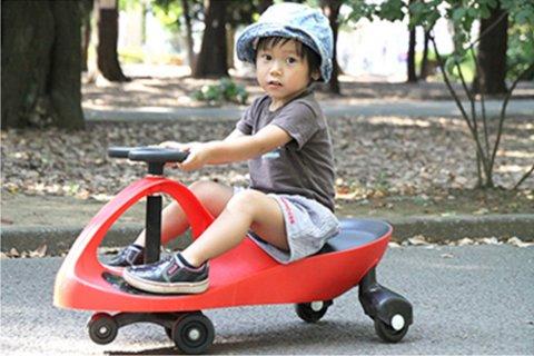 要出典 クリスマスプレゼント 2歳 3歳 男の子 ラングスジャパン プラズマカー