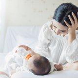 ママ ミルク 授乳 新生児